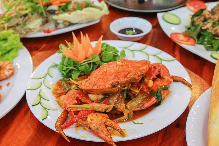 ăn nhà hàng hải sản Đà Nẵng ngon