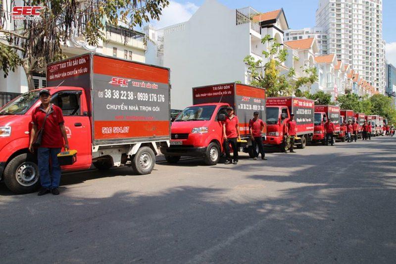 thuê xe nâng tại Sài Gòn