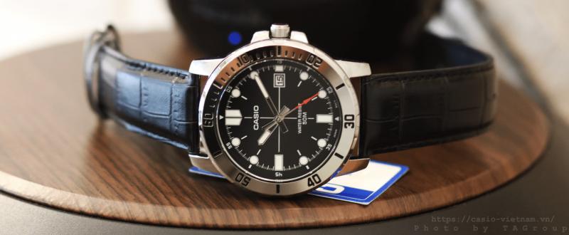 Đồng hồ nam dây da Casio MTP-VD01L-1EV