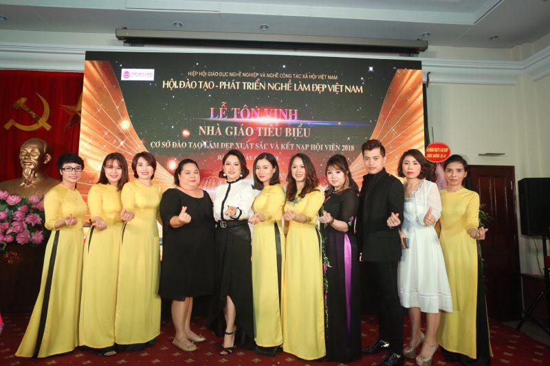 học trang điểm số 1 tại Hà Nội
