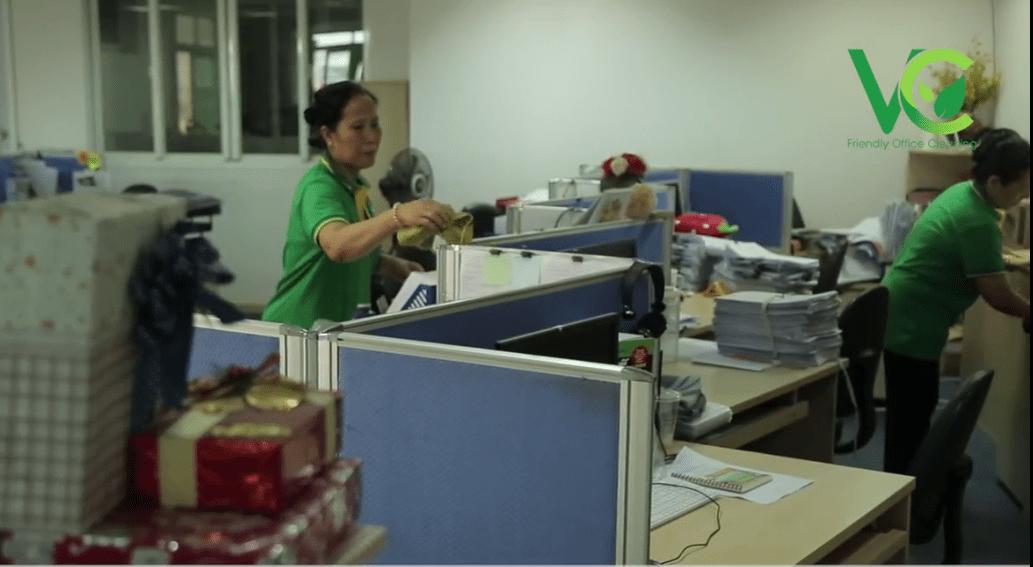 Dịch vụ vệ sinh văn phòng Việt Clean TPHCM