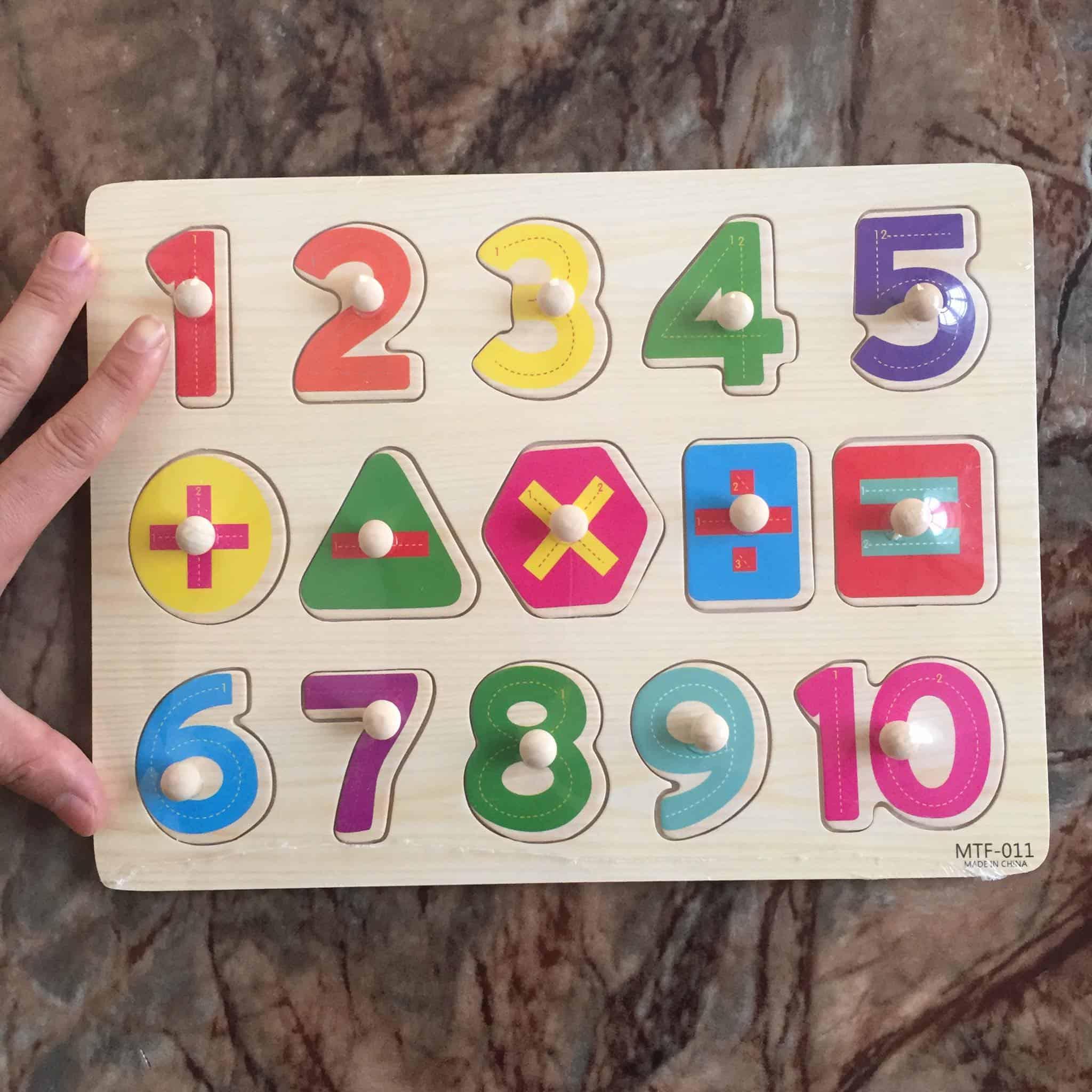Đồ chơi toán học