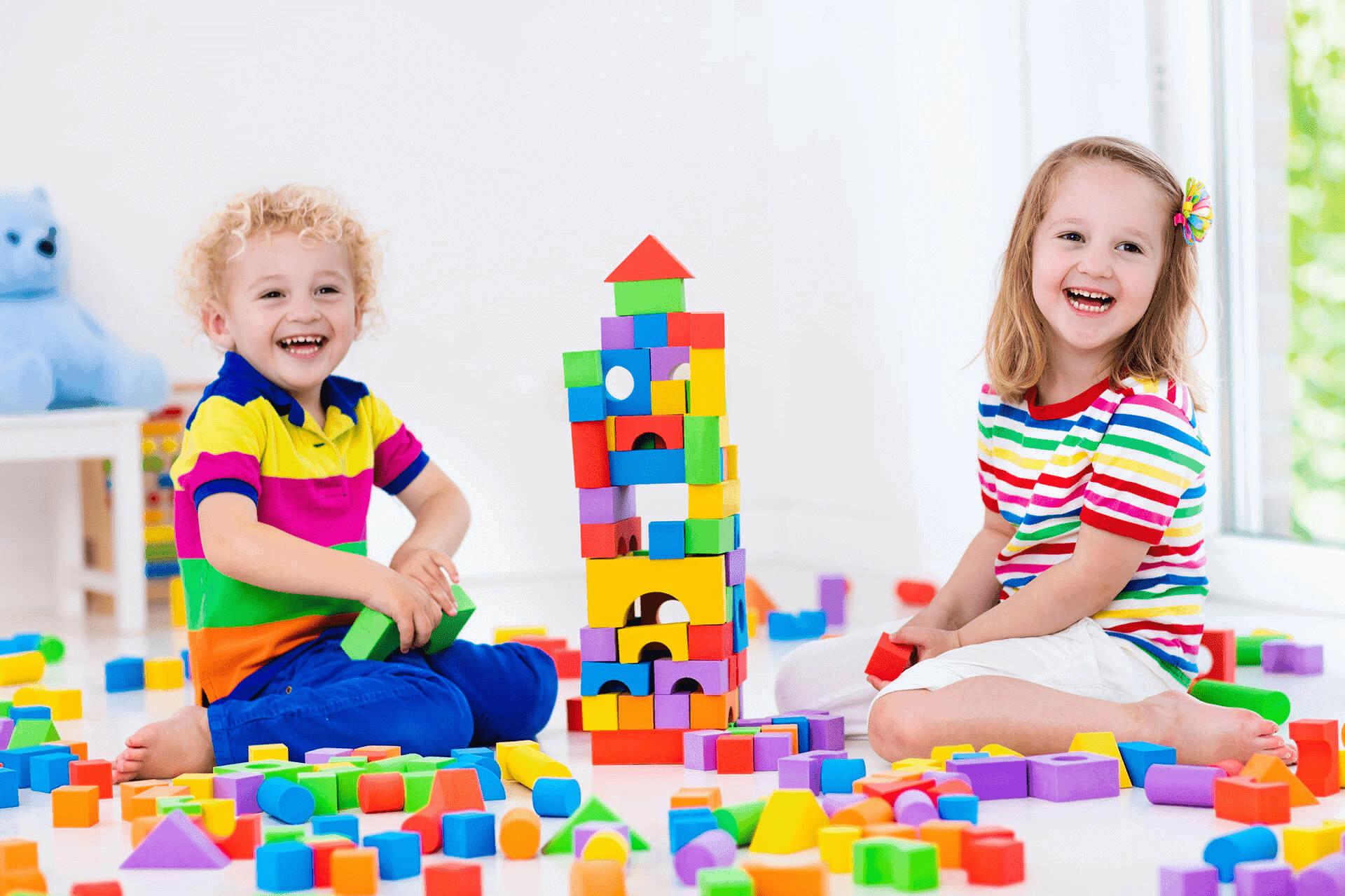 Những lưu ý khi chọn đồ chơi thông minh cho bé 5 tuổi