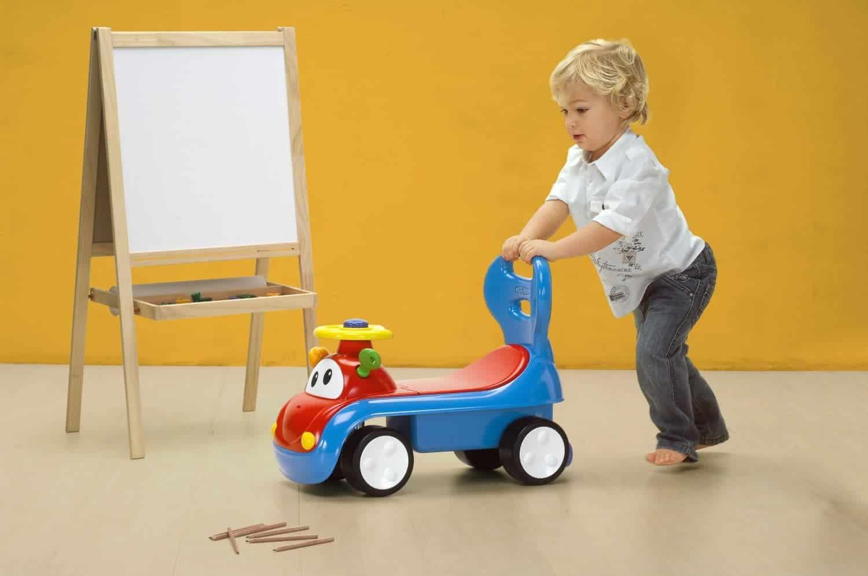 Xe đồ chơi cho bé tập đi