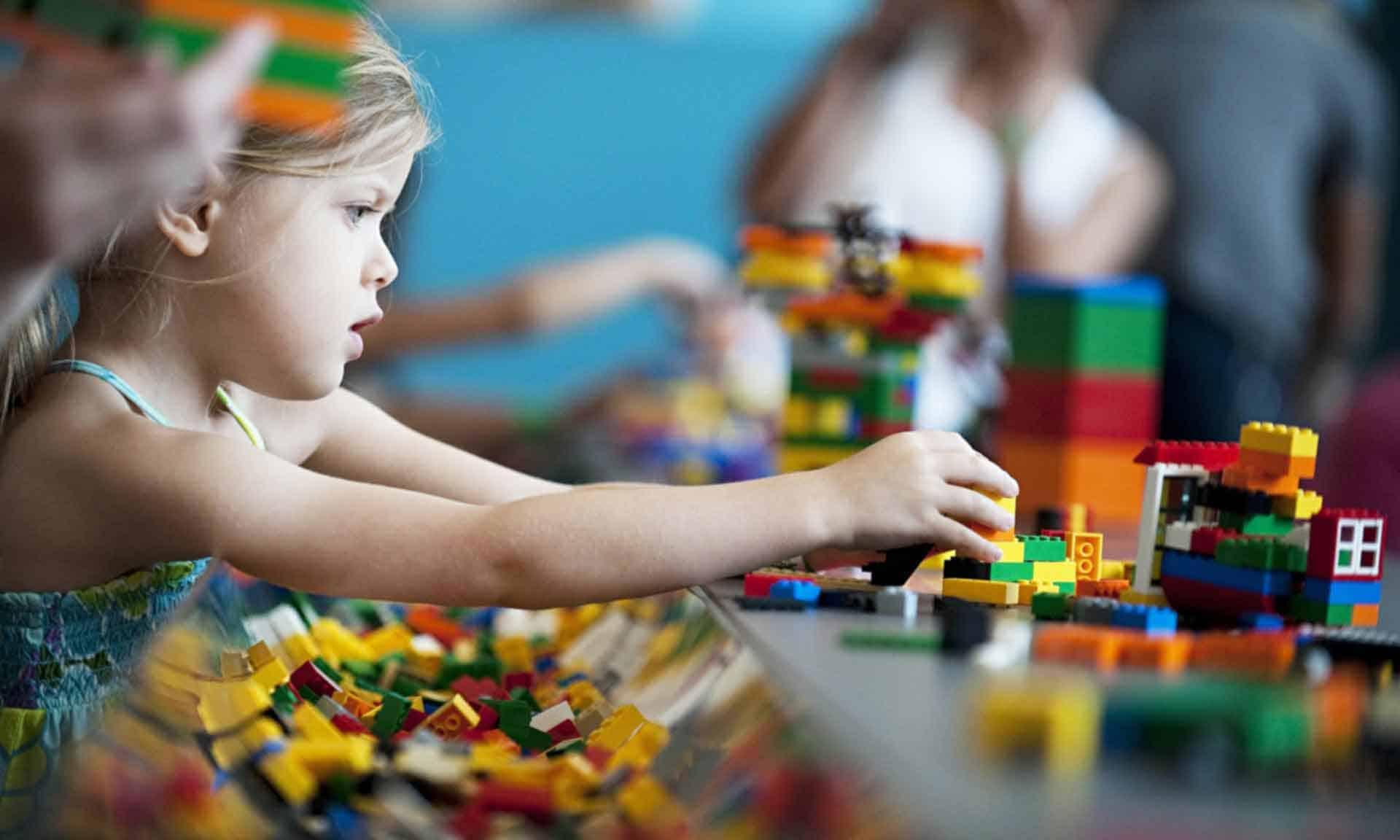 Đồ chơi Lego giúp bé thỏa sức sáng tạo