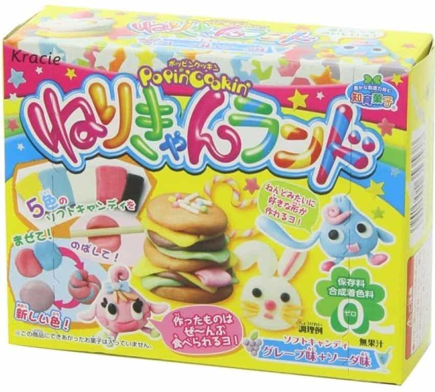 Đồ chơi Nhật Bản ăn được